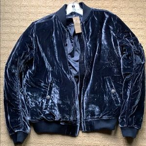 NWT American Eagle crushed velvet bomber jacket